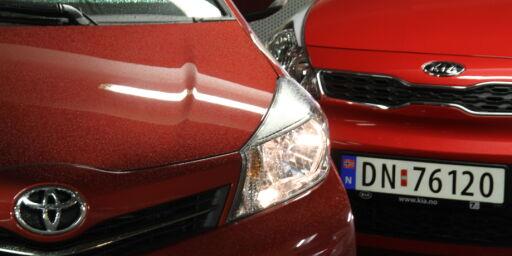 image: Toyota Yaris mot Kia Rio