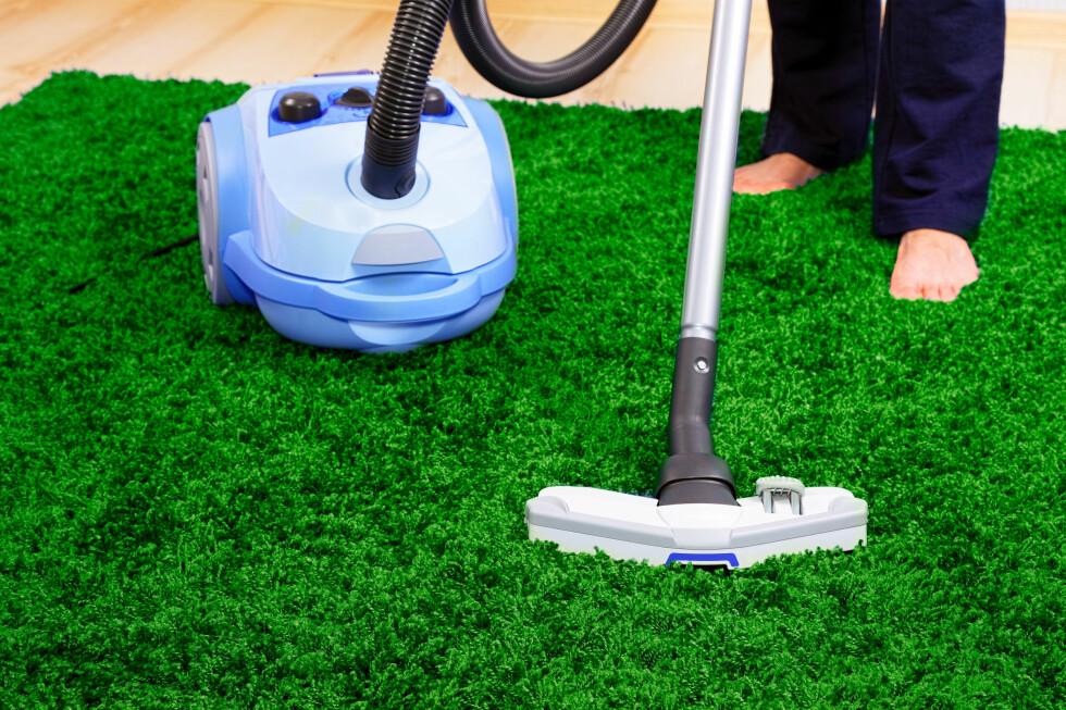 Uten teppeunderlag får du blant annet ikke støvsuget teppene skikkelig.  Foto: Colourbox