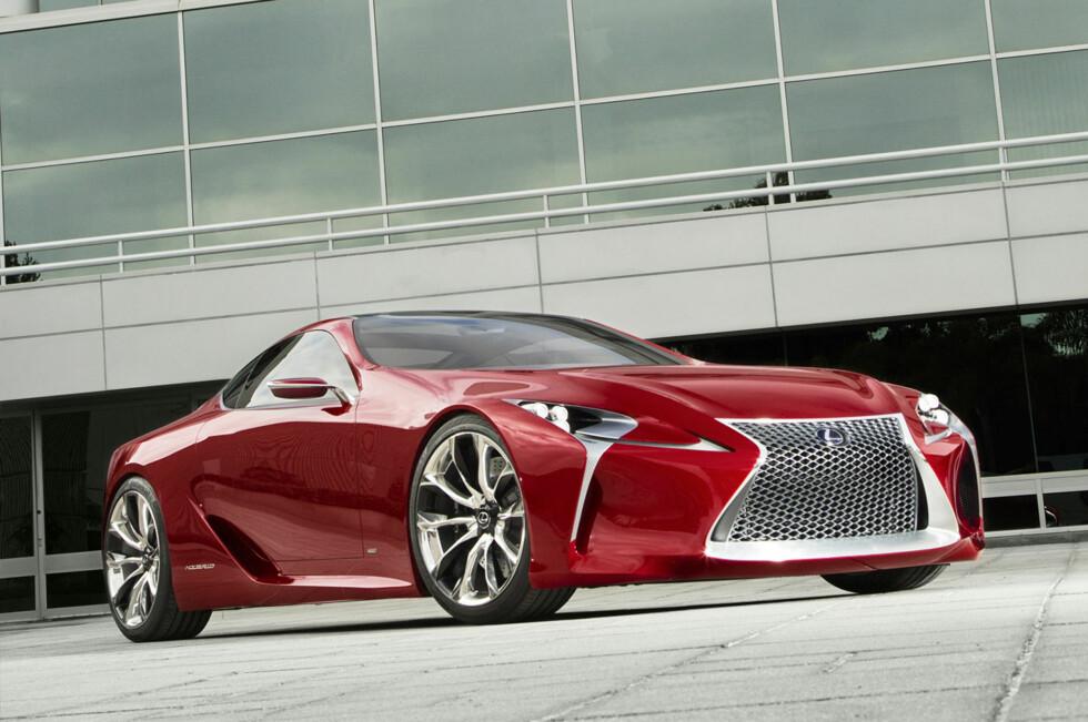 KONSEPTET: Dette er LF-LC, konseptbilen fra 2012. Det er med glede vi konstaterer at Lexus har våget å ta den så å si helt ut i produksjon. Foto: Lexus