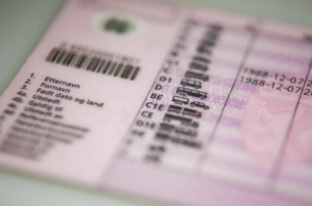 BESLAGLAGT FØRERKORT? Over 12.000 norske sjåfører fikk førerkortet beslaglagt i 2011. Foto: PER ERVLAND