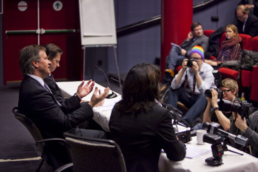 STORE NYHETER: Bjørn Kjos forteller om kjøpet av sine 222 fly for pressen på Felix konferansesenter. Foto: Per Ervland