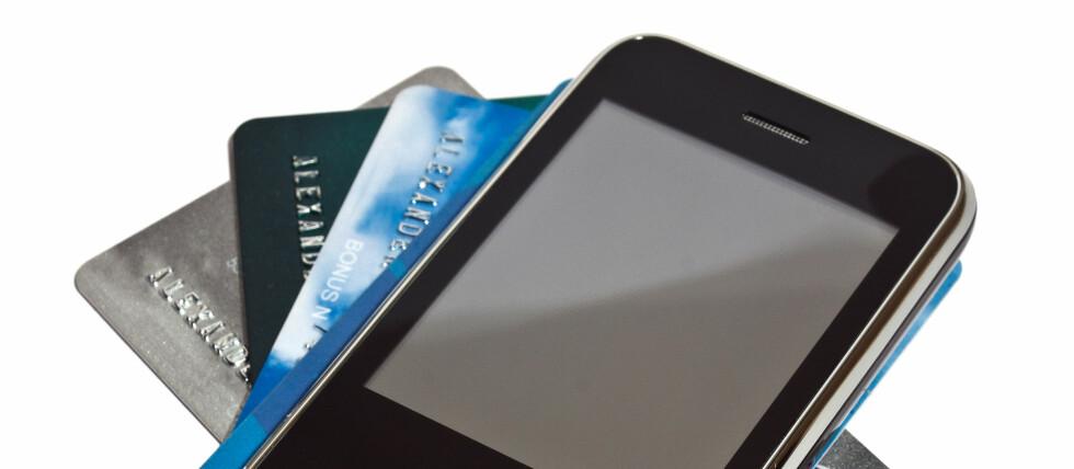 Full kontroll: Nå kan du forhåndsbetale mobilbruk - til samme pris som abonnentene får. Foto: Colourbox.com