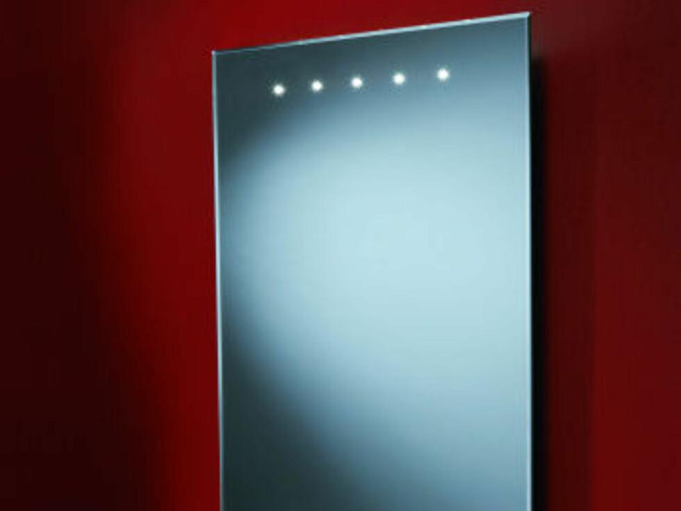 Duna Demistable med LED-lys til 176 pund (cirka 1.650 kroner) fra bathrooms 365.com. Foto: Produsenten