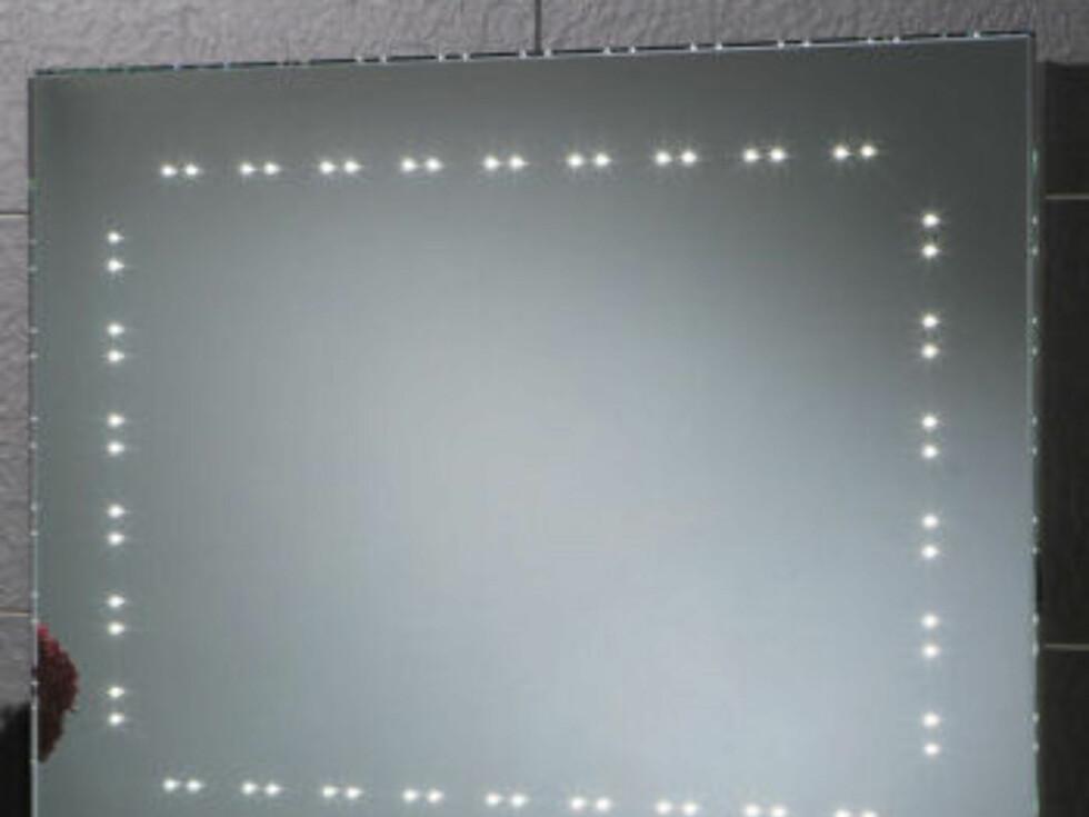 Hanna Demistable speil med LED-lys til 228 pund (cirka 2.100 kroner) fra bathroom365.com. Foto: Produsenten
