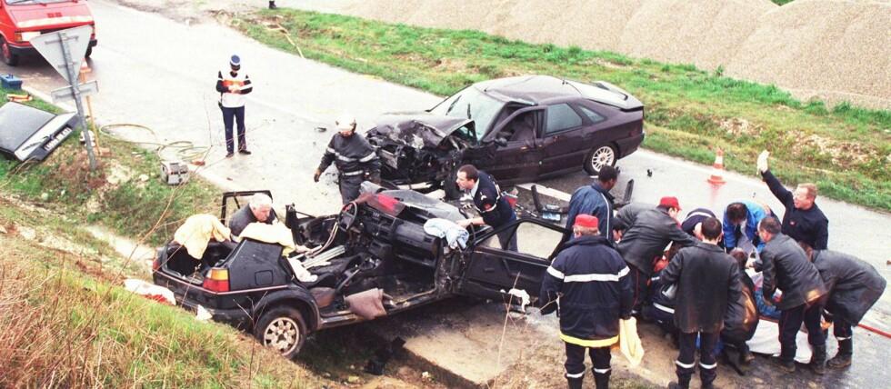 DØDSULUYKKER I TRAFIKKEN: Møteulykker og utforkjøringsulykker er de ulykkestypene som tar flest menneskeliv i trafikken, ifølge en ulykkesrapport fra Vegdirektoratet. Foto: colourbox.com