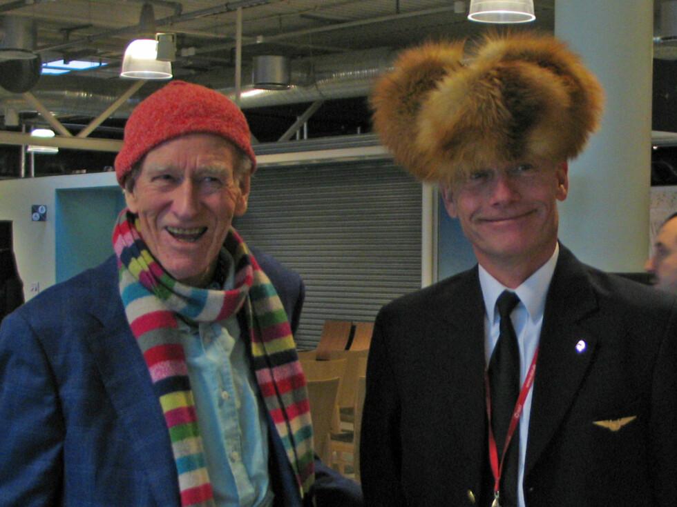 Olav Thon og Jesper Rungholm, under åpningen av rutene på Rygge. Thon er deleier i Rygge sivile lufthavn.
