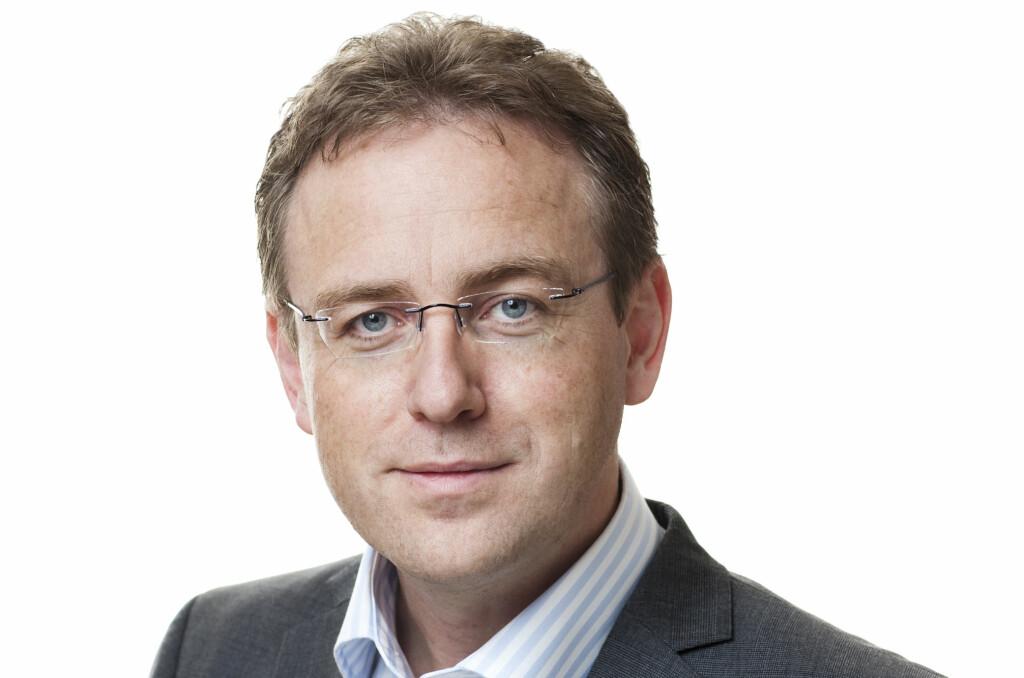 UNDERSØKER: Avdelingsdirektør Leif T. Aanensen i Datatilsynet har grunn til å tro at Network Norway-saken kan dreie seg om flere operatører.  Foto: Hans Fredrik Asbj¿rnsen