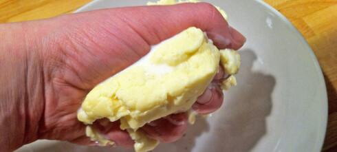 Slik lager du smør