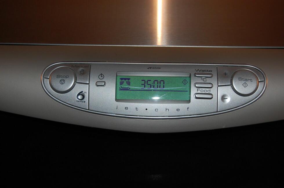 Still inn ovnen på manuell Crisp-funksjon og sett tiden til 35 minutter.  Mindre stykker skal ha mindre tid.  Foto: Whirlpool