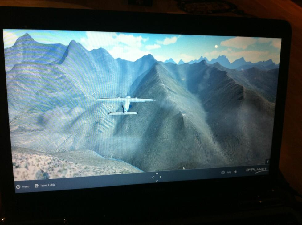 Flyturen mot Lukla, med innlagt vind og flystøy.
