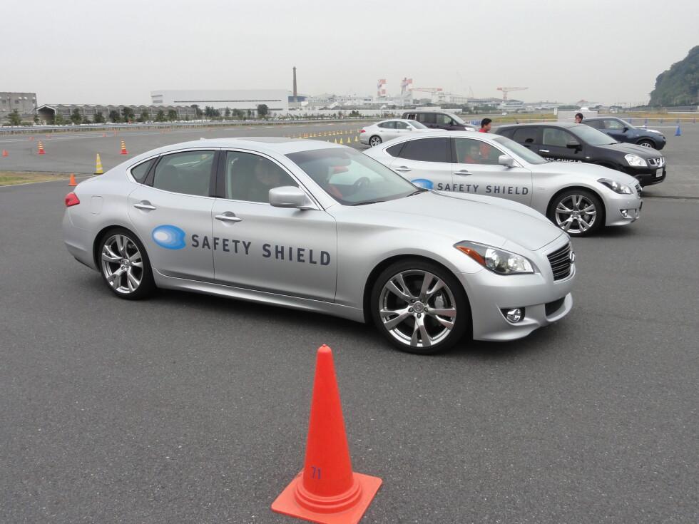 Testbilene til demonstrasjon av sikkerhetssystemene. Foto: Knut Moberg