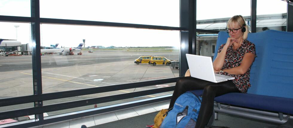 GRATIS NETT: Fra og med i dag av kan flypassasjerer på Kastrup surfe gratis på nettet. Foto: Silje Ulveseth