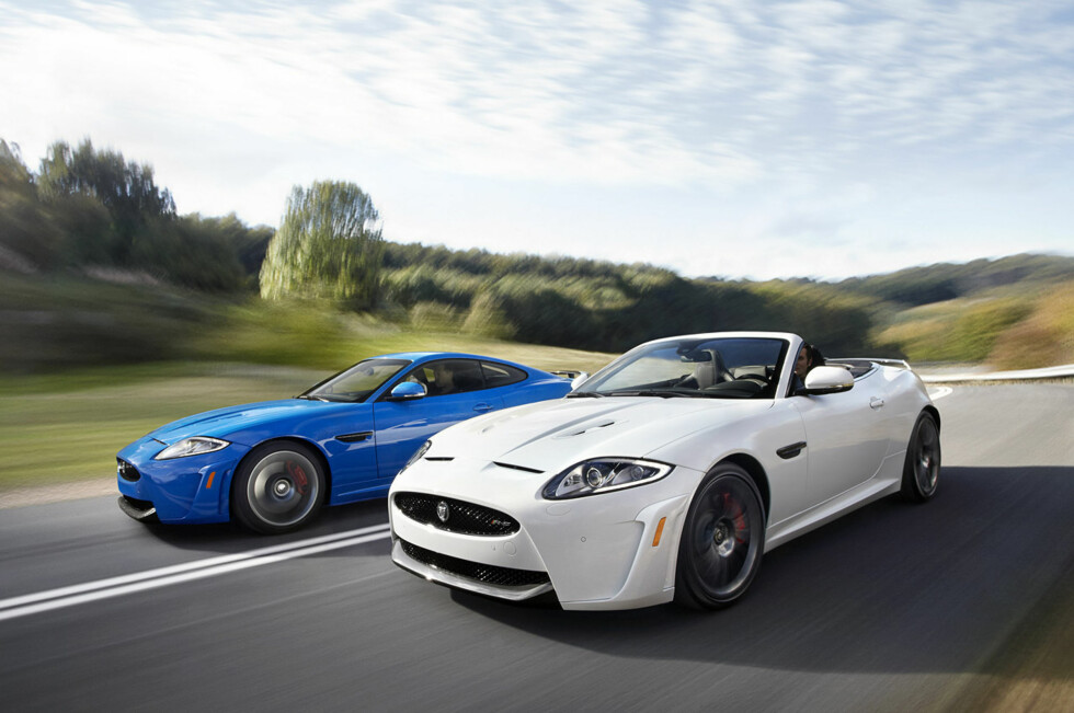 Jaguar XKR-S er XK-flaggskipet. Nå er serien komplett med kupé og kabriolet-versjoner. Foto: Jaguar