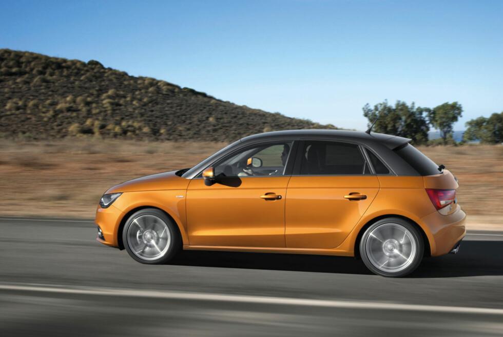 Nye Audi A1 Sportback har fem dører og er noe høyere og bredere enn søstermodellen A1 Foto: Audi