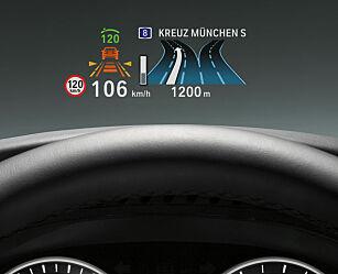 image: BMW med HUD i farger