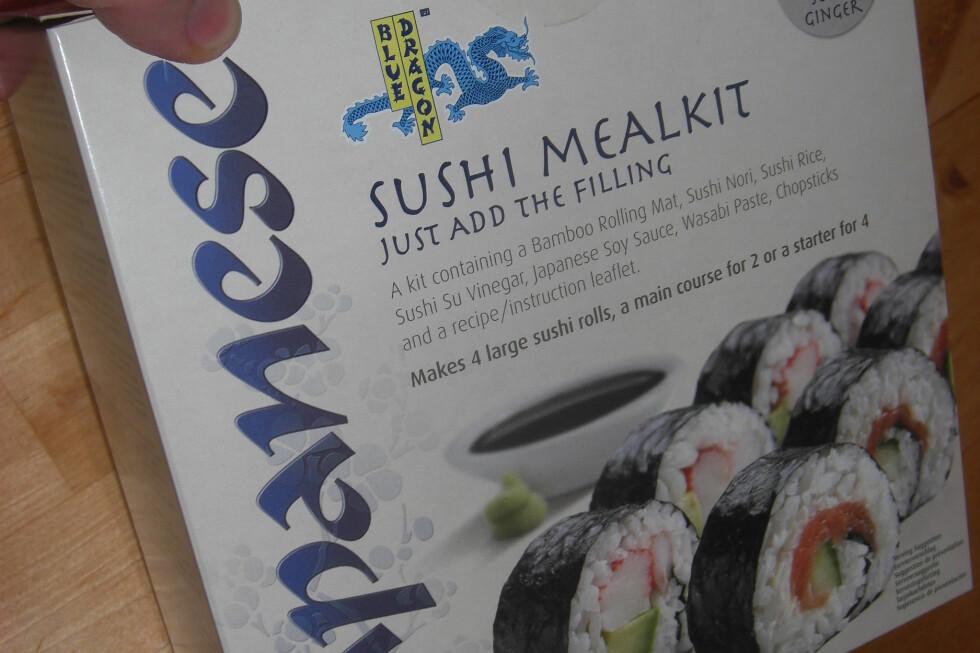 Sushi mealkit fra Blue Dragon skal inneholde alt man trenger for å lage hjemmelaget sushi. Foto: Berit B. Njarga