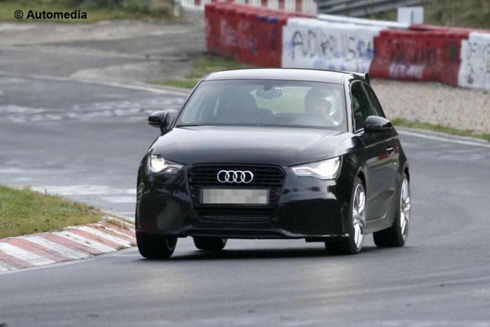 Spy-Shots of Cars Foto: Automedia