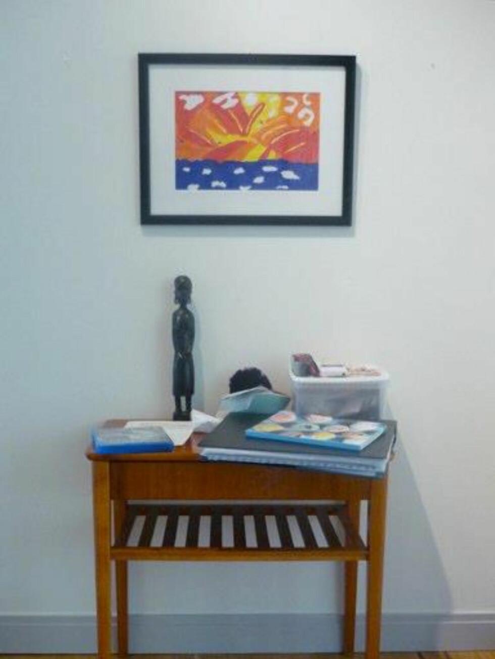 Små stilleben tillför mycket av det ombonade i ett hem utan att ta särskilt mycket yta i anspråk Foto: Moa Söderhielm