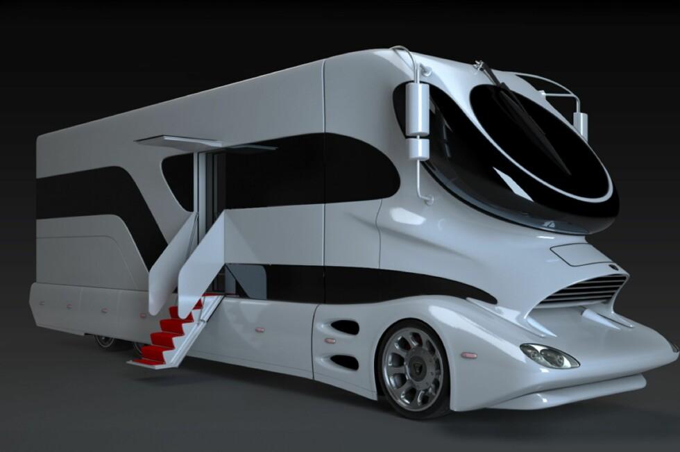 MEN HVA SKAL EN SI OM DESIGNET? Marchi Mobiles luksusbobiler er ikke bare spektakulære på innsiden - også utsiden bærer preg av å være klekket ut av noen særs originale hoder. Foto: Produsenten