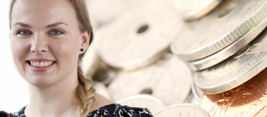 Informasjonsrådgiver Christin Dammen i Lånekassen sier det er lenge siden så mange har ønsket å inngå fastrenteavtale på studielånet. Foto: Jannecke Sanne Normann/Colourbox, montasje: DinSide
