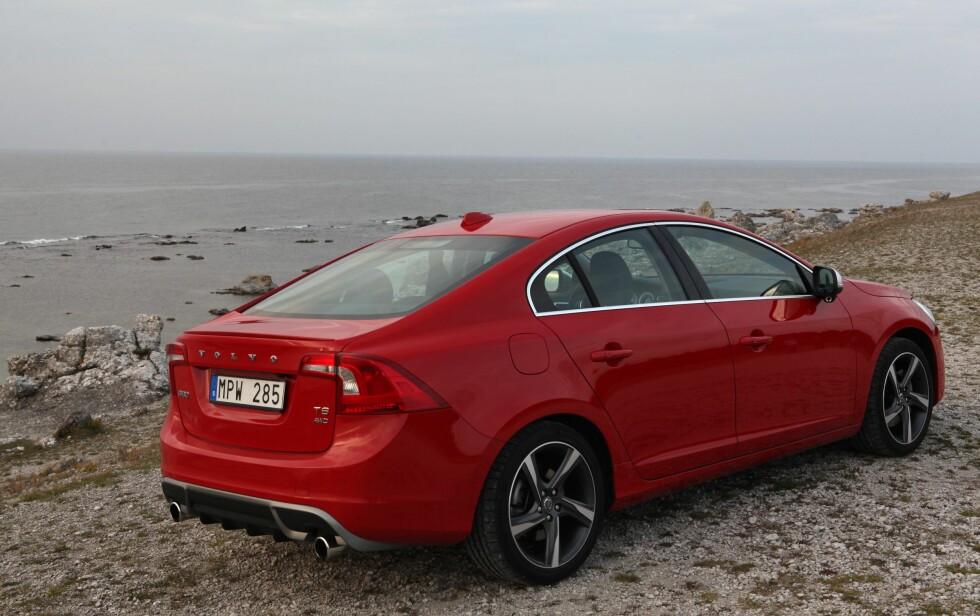 R-Design viderefører tradisjonen fra de tidligere R-modellene, der Volvo selv laget de heftigste utgavene.