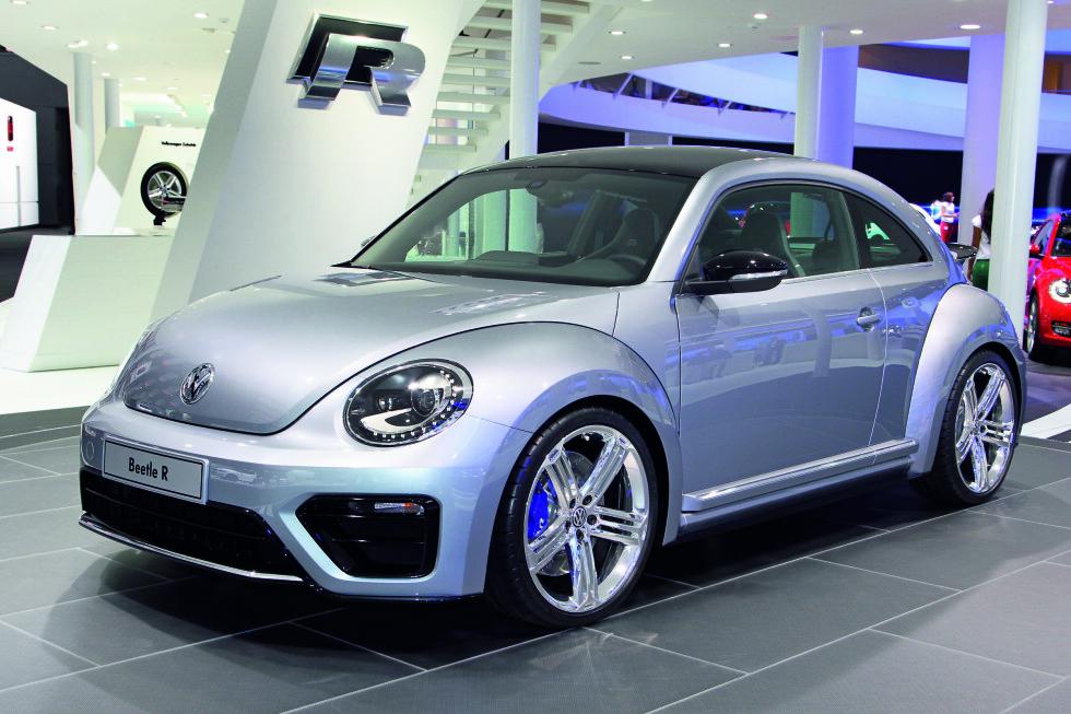 VW Beetle R på show