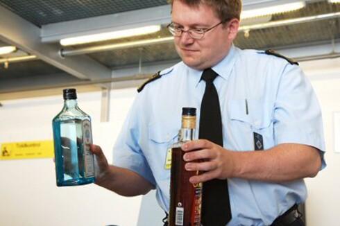 Væskeforbud: Væskeforbudet kom som en direkte konsekvens av et planlagt terrorangrep på et fly fra London i 2006. Foto: Colourbox