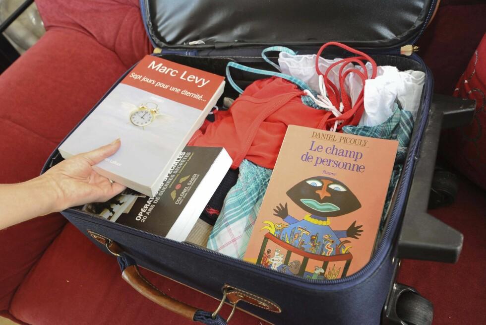 MYE LESESTOFF: Svært mange legger igjen bøker på Gardermoen.  Foto: Colourbox.com