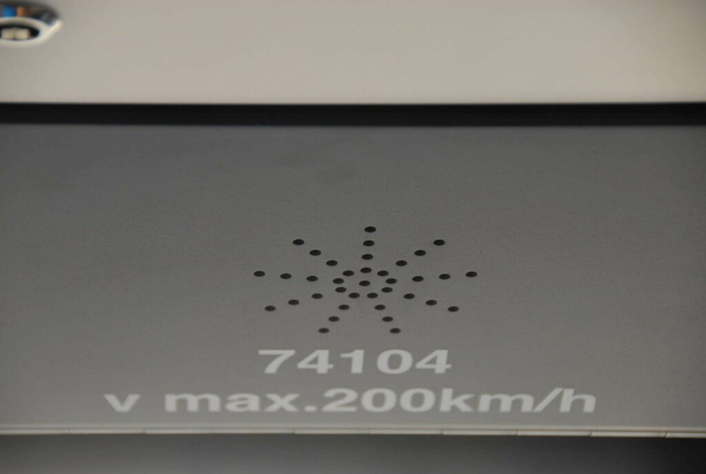 Togets nummer og topphastighet Foto: Brynjulf Blix