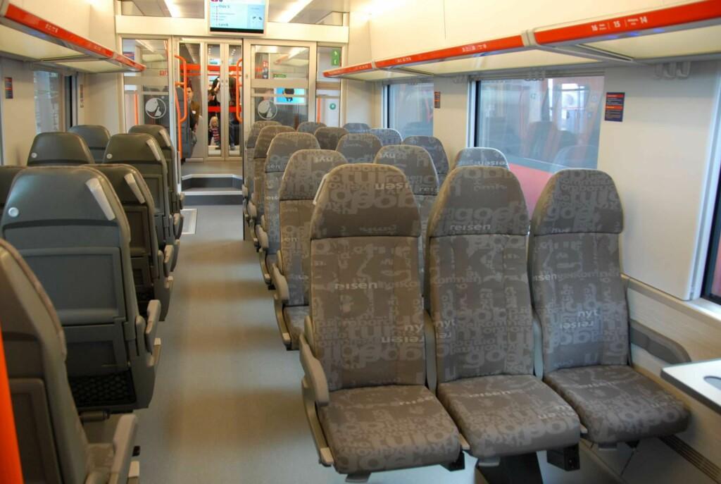 Tre seter på den ene siden Foto: Brynjulf Blix