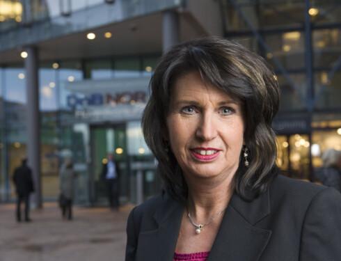 - Ikke gå med mye kontanter, sier informasjonssjef i DnB NOR Aud-Helen Rasmussen. Foto: DNB