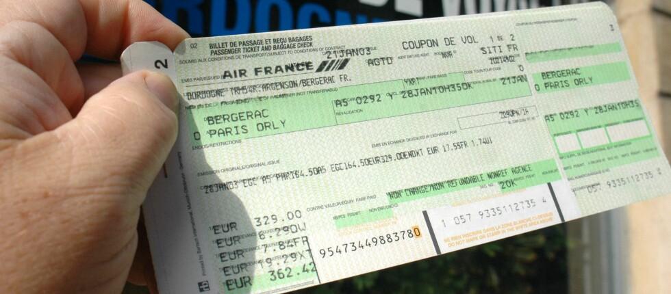 DETTE BØR DU GJØRE: Før du bestiller billetter, bør du alltid sjekke priser flere steder, og sjekke vilkårene grundig. Foto: Colourbox.com