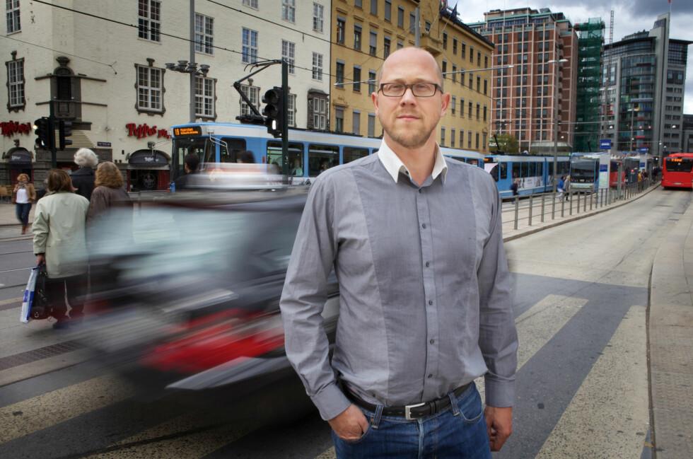 STÅ PÅ KRAVA: Martin Skaug Halsos understreker at en avtale er en avtale. Også om du har gjort den med en nettbutikk.  Foto: Kolonihaven/Forbrukerrådet
