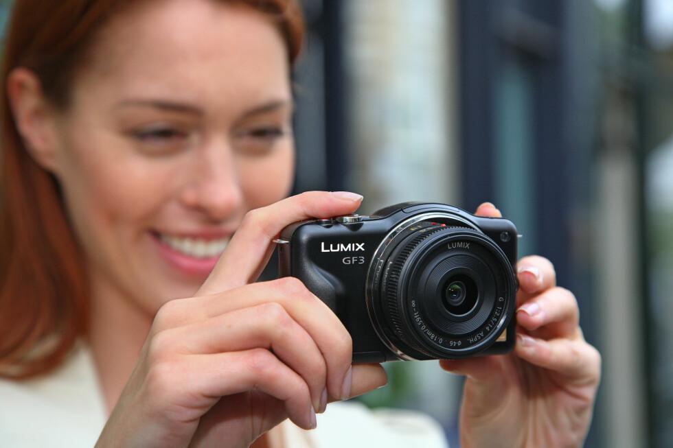 <strong><strong>Kompakt:</strong></strong> Panasonic Lumix GF3 er lite nok til at mange vil velge å ta det med. Foto: Panasonic