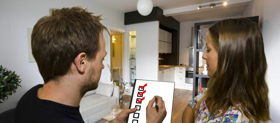 Bli gjerne forelsket i en stemning, men ikke glem å sjekke at boligen har alt du trenger.  Foto: PER ERVLAND