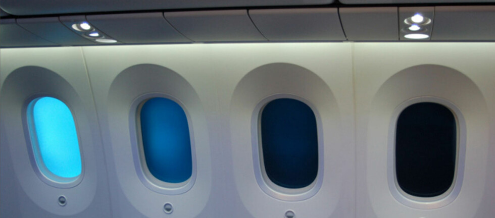 Glem rullegardiner, om to år kan du dimme vinduet ditt selv. Foto: Dreamliner/Norwegian