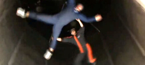 Hopp i fallskjerm - innendørs