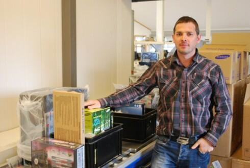 Petter Aaland hos PS.no innfører prisslakt på utgående produkter. Foto: Bjørn Eirik Loftås