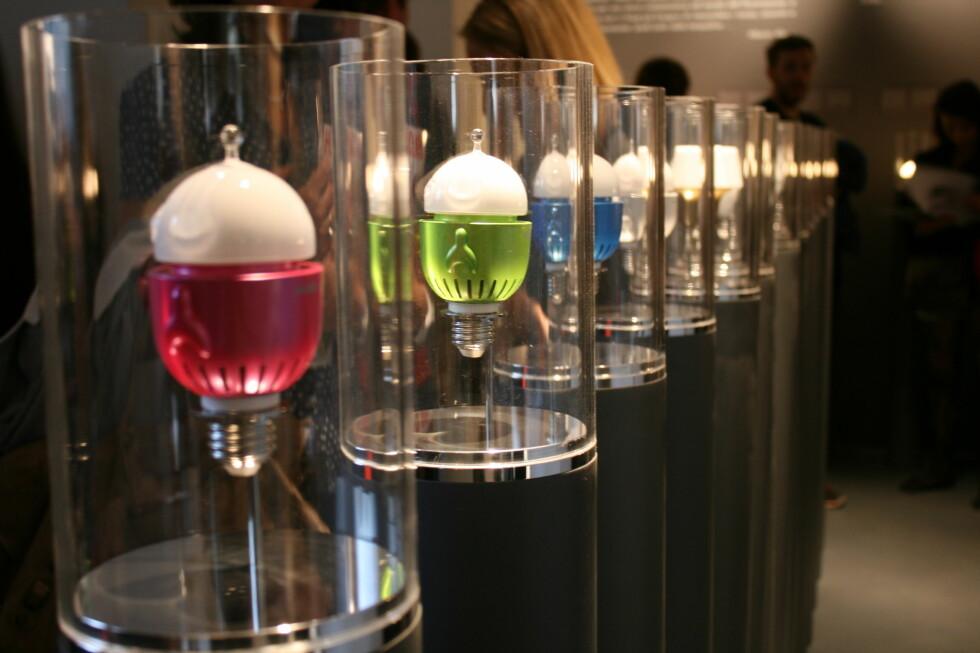 De alternative lyspærene ble første gang vist frem under møbelmessen i Milano tidligere i april. Foto: Elisabeth Dalseg