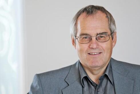 IKKE HANS ANSVAR: Postens informasjonssjef Jørn Michalsen betaler ikke om du mister pengene. Foto: Birger Morken/Posten