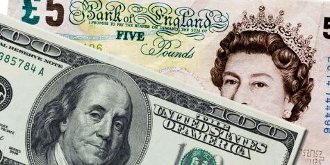 image: Britisk pund og amerikansk dollar på billigsalg