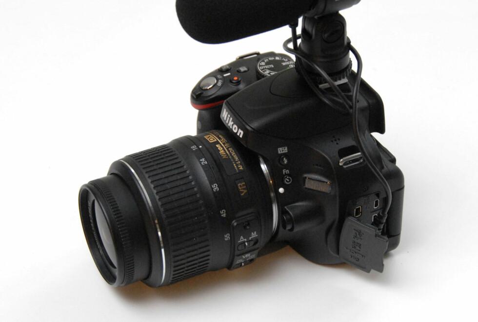 Nikon D5100 med stereomikrofon Nikon ME-1 Foto: Brynjulf Blix