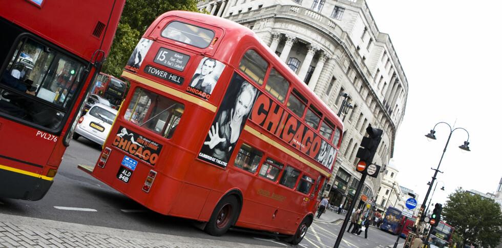Har du et Oyster Card, vil vi også anbefale å hoppe på bussen - så får du sett litt mens du reiser. Foto: Colourbox