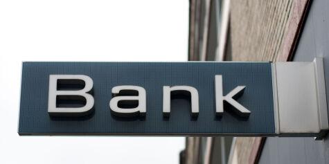 image: - Velg tre banker