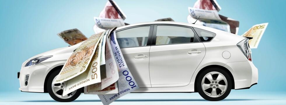 PENGER UT AV BILVINDUET? Sjekk renten på billånet ditt om vil ha ekstra penger hver måned. Foto: Per Ervland