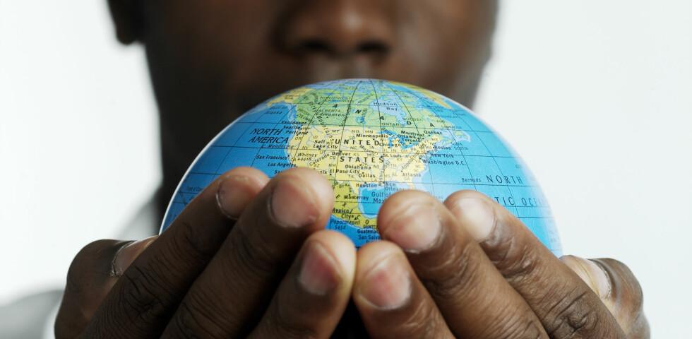 NYTTIG INFORMASJON: Sjekk Utenriksdepartementets nettsider før du reiser. Foto: Colourbox.com