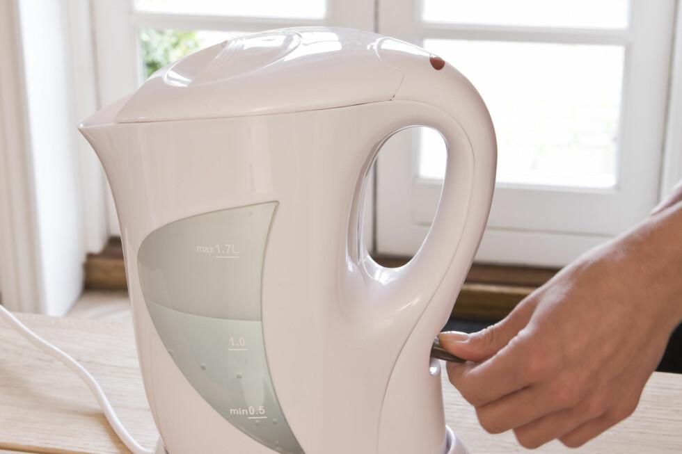 En god vannkoker bruker minst strøm og kortest tid på å koke vann. Foto: Colourbox