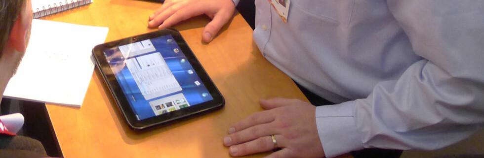 HP Touchpad er HPs bidrag i nettbrettkrigen. Vi har filmet den i aksjon. Foto: Pål Joakim Olsen