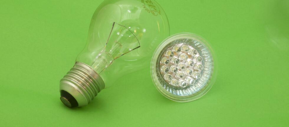 LED-pæren seiler opp som et godt alternativ til glødelampen. Men ny forskning viser at høy intensitet fra LED-lyspærer kan blende og gi skadevirkninger på øyet. Foto: Colourbox.com