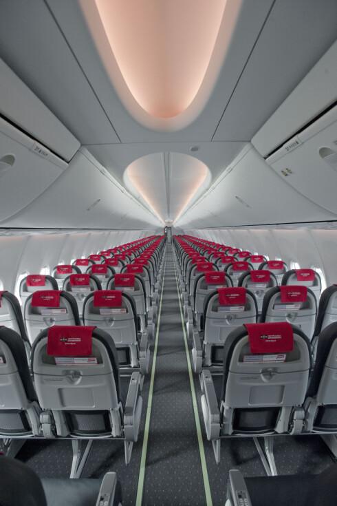 <strong>Boeing 737-800</strong> er Boeings storselger, som blant annet blir en kjenning for Norwegians passasjerer. Foto: Norwegian